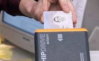 http://estonia.usembassy.gov/e-voting320.jpg